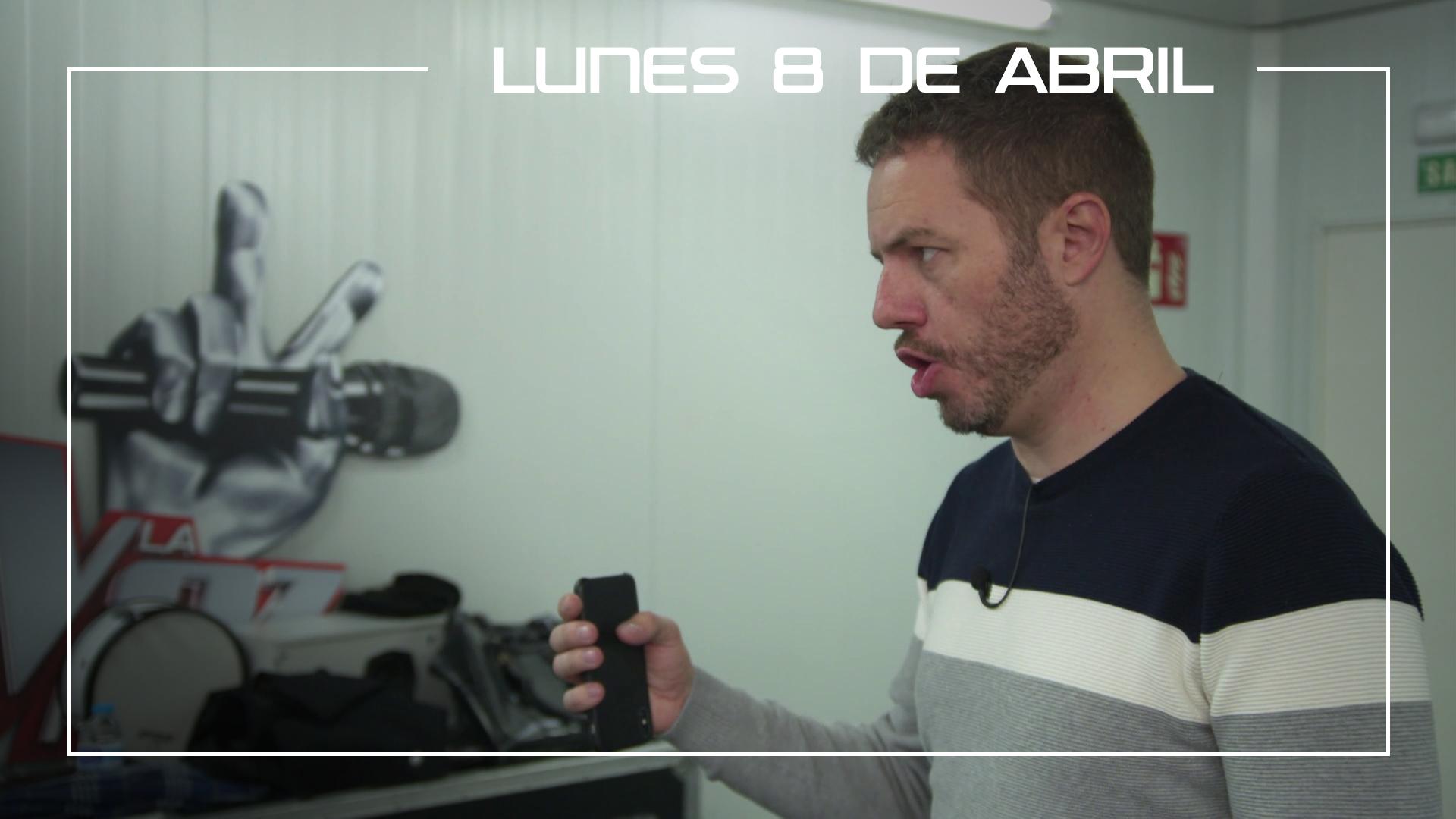 Lunes 8 de abril Ángel Cortés ensaya la canción 'Besos a la lona' de Melendi