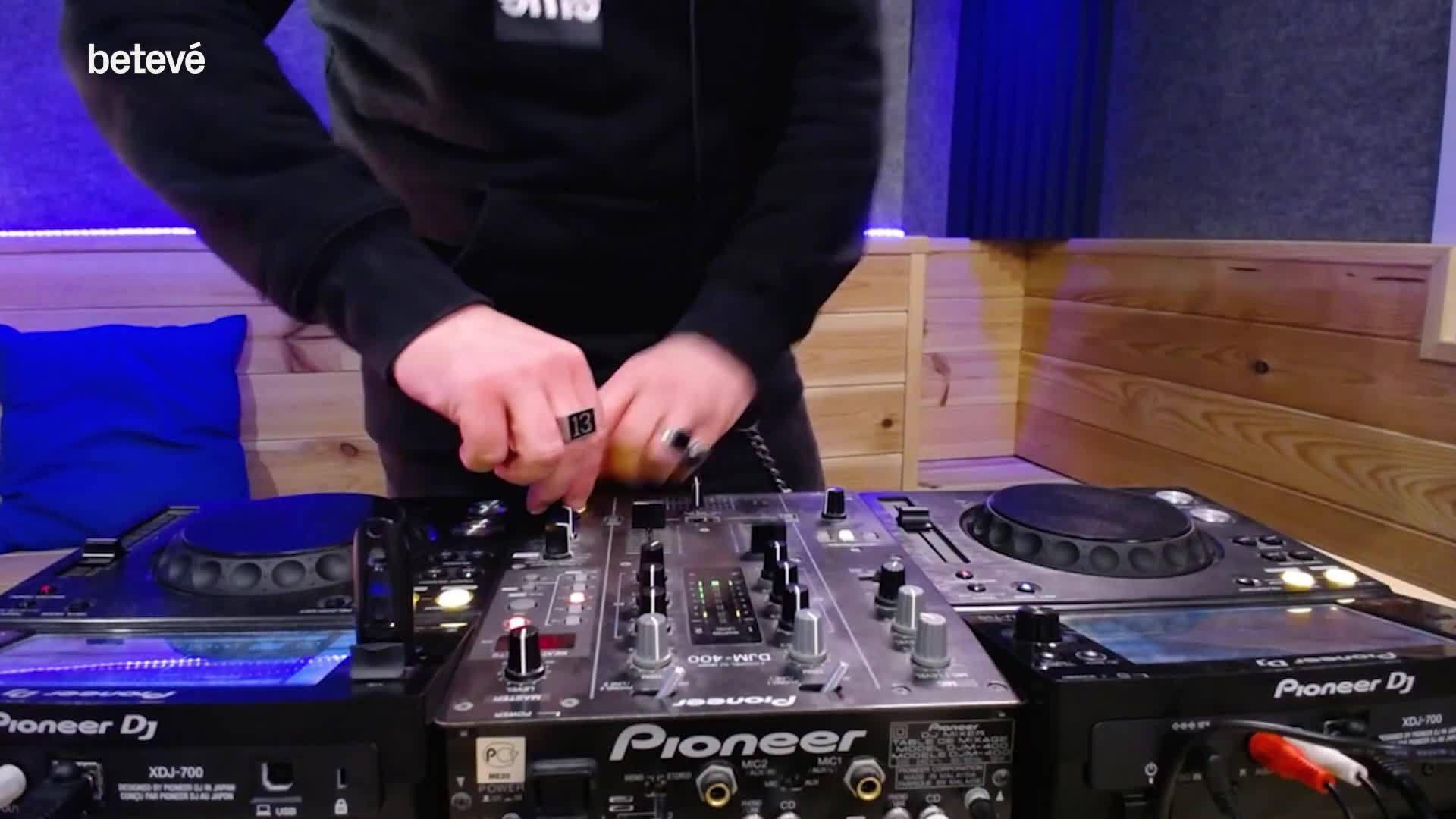 19 d'Abril de 2019 Kosmos Dj Mix (vídeo)