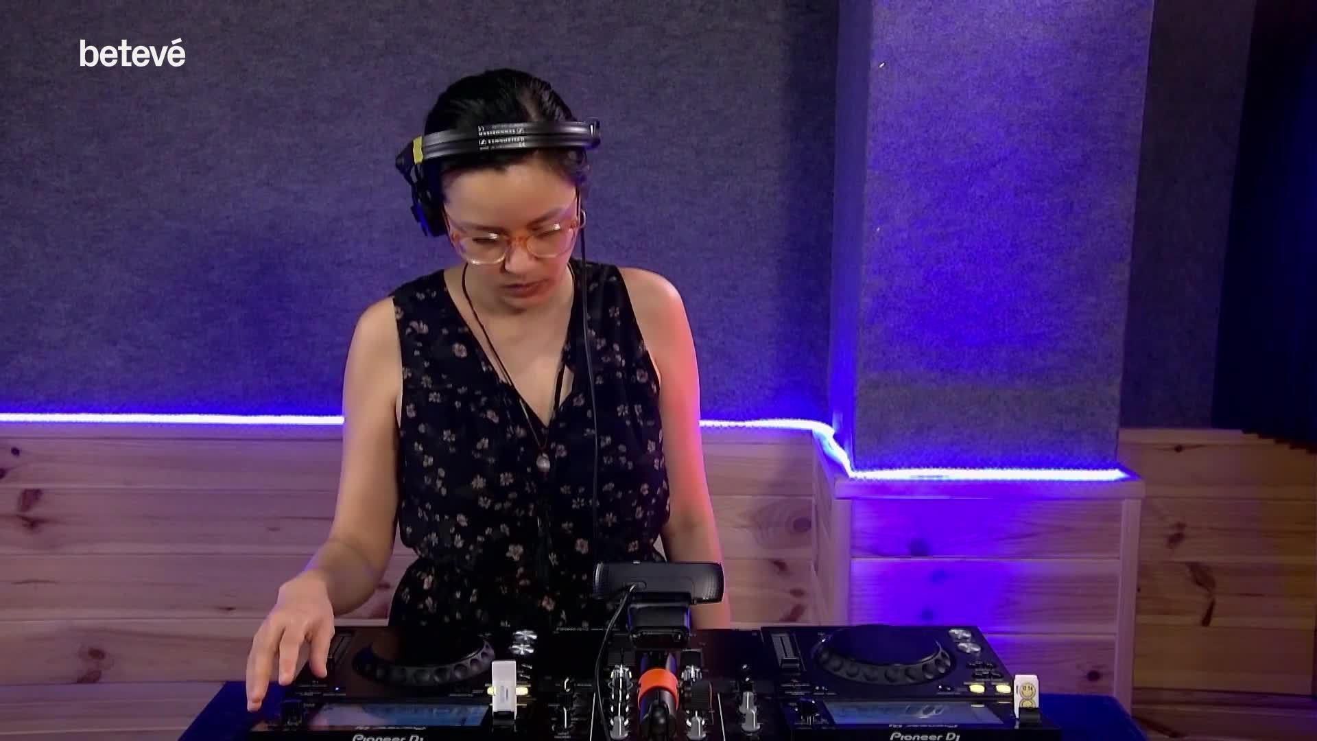 5 de Juny de 2020 'DJ Mix' amb la Ivy Barkakati