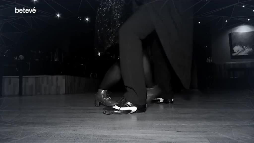 28 de Febrer de 2018 El tango es balla en una abraçada / Àrtic