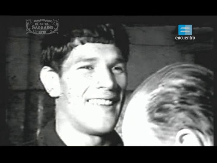 2 - Carlos Monzón