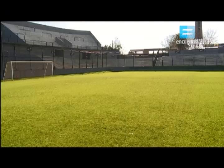 4 - Campo de deportes