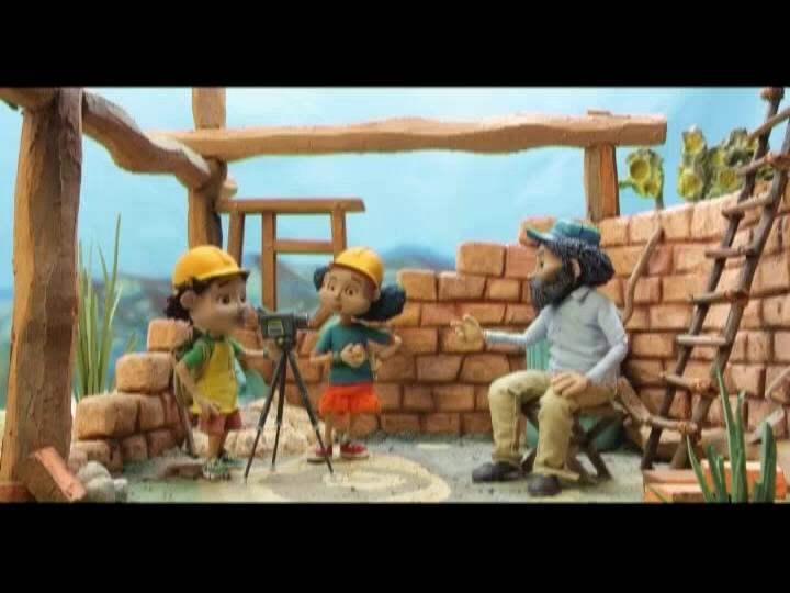 6 - Juana y Mateo entrevistan a un albañil