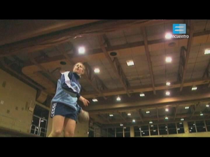 I - 9 - Handball: Lucía Haro