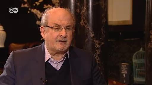 Salman Rushdie esgrime las palabras