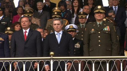 Álvaro Uribe, querido y odiado por los colombianos