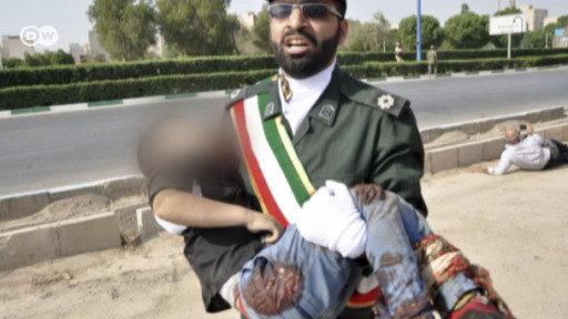 Ataque de película durante desfile militar en Irán