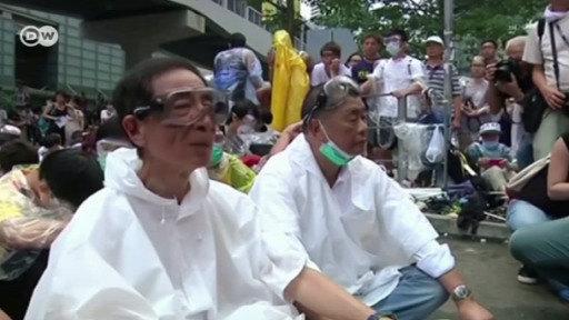 China detiene al magnate Jimmy Lai