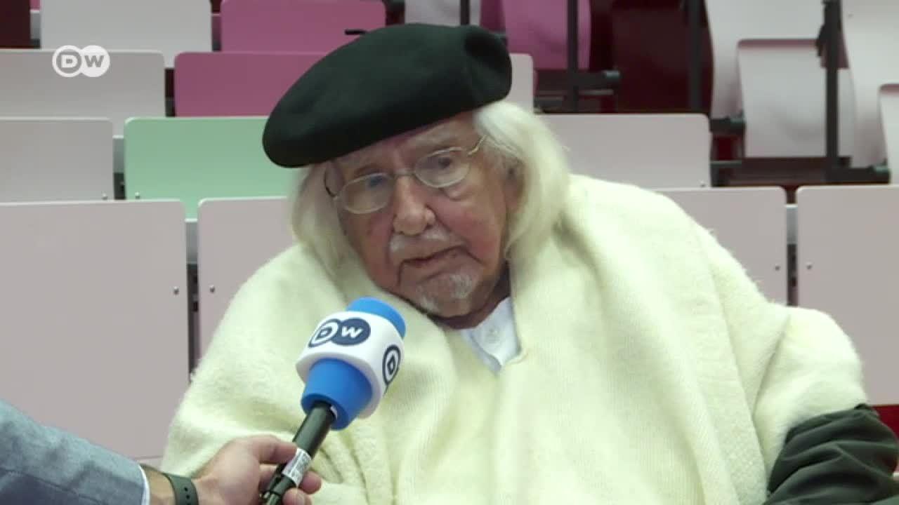 Entrevista con el poeta nicaragüense Ernesto Cardenal