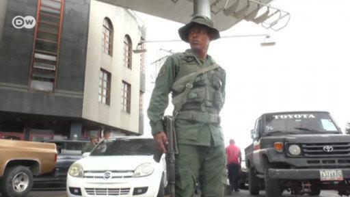 Maduro subirá el precio de la gasolina
