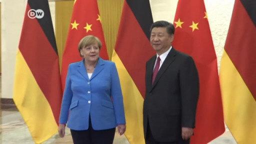 Merkel busca reforzar los lazos con China