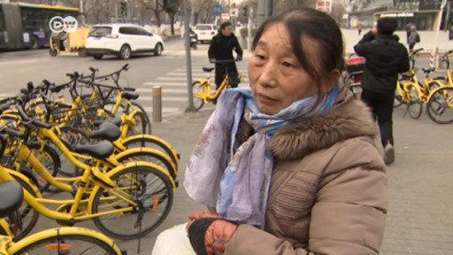 Pekín: el caos de las bicis de alquiler