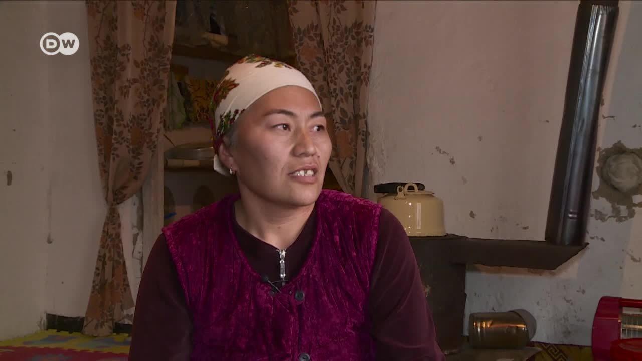 Una aldea sin hombres - Mujeres en Kirguzistán