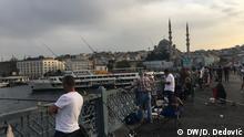 Turquía: pescar en el Bósforo para comer
