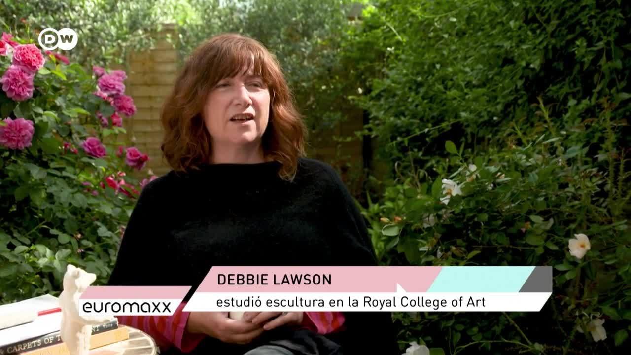 Alfombras por pieles: escultura animal de Debbie Lawson