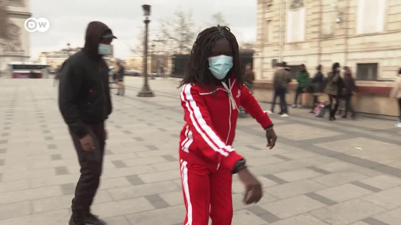 Michael Jackson de modelo: Salif Gueye baila en la calle