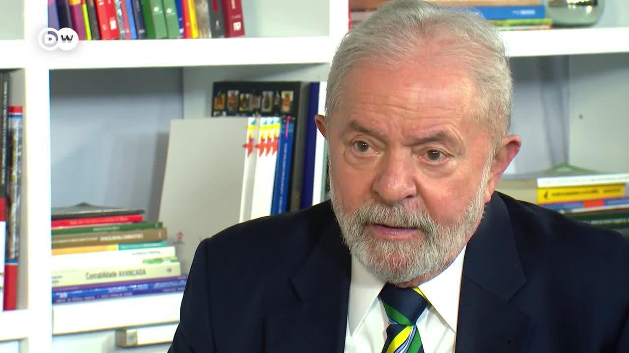 """Lula: """"La lucha entre Lula y Bolsonaro es una lucha entre democracia y nazismo"""""""