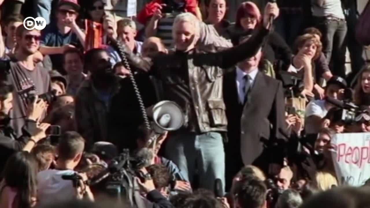 WikiLeaks - Julian Assange, enemigo público