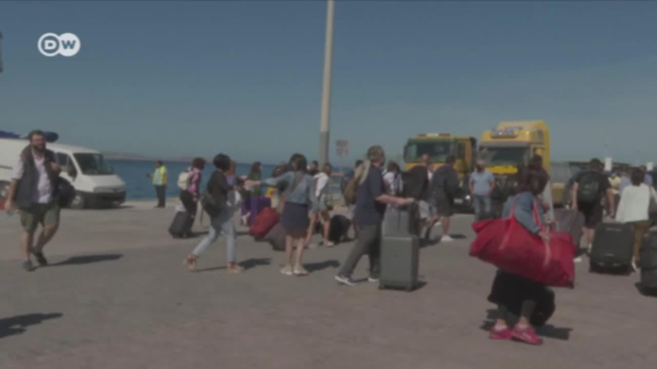 Grecia le da bienvenida a turistas