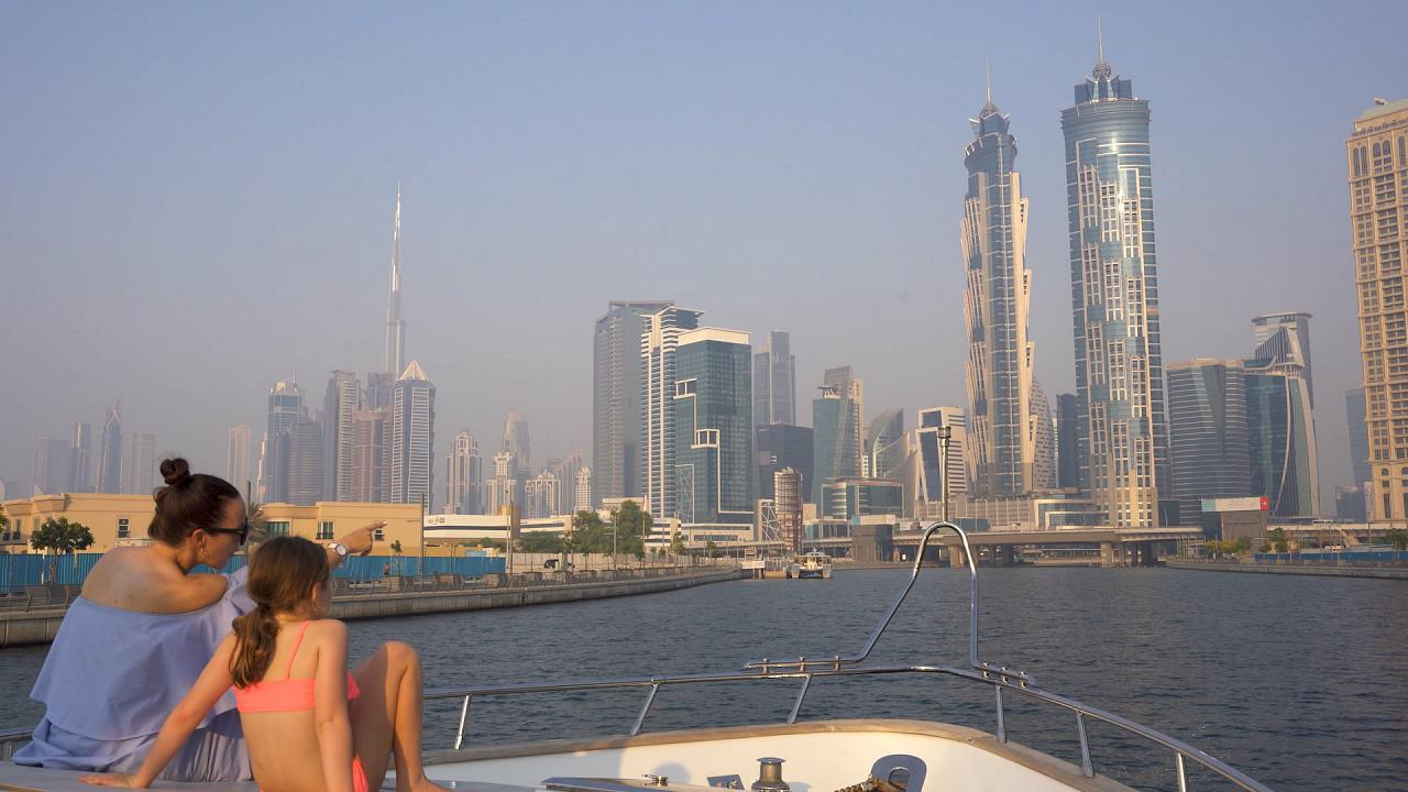Impacto visual de Dubái desde el mar