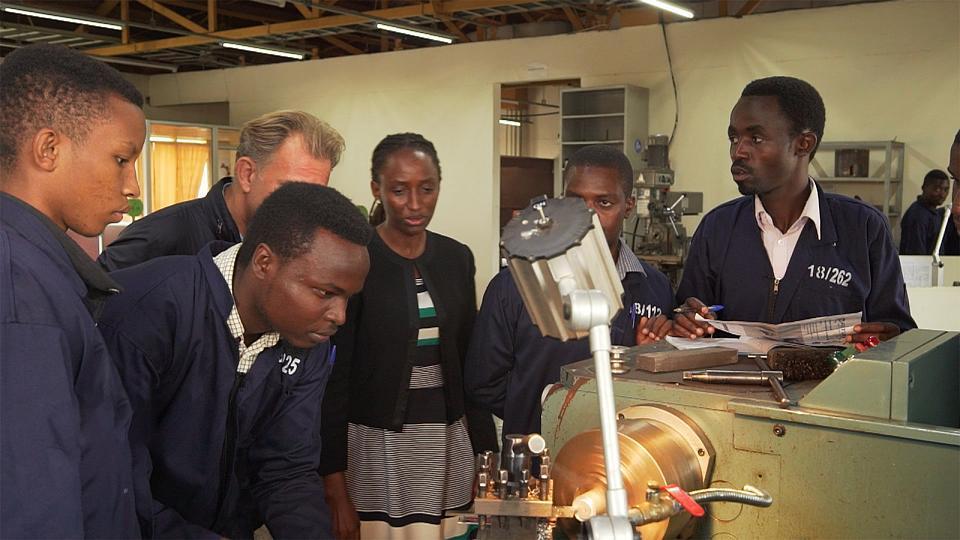Educación: una iniciativa japonesa única en Ruanda