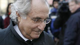 Madoff llegando al tribunal de Nueva York en 2009