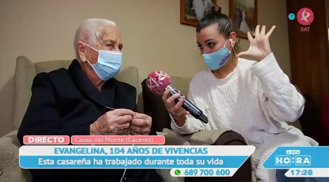 104 años contemplan la vida de Evangelina
