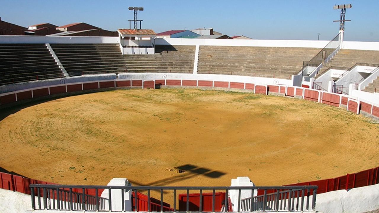 La plaza de toros de Herrera del Duque