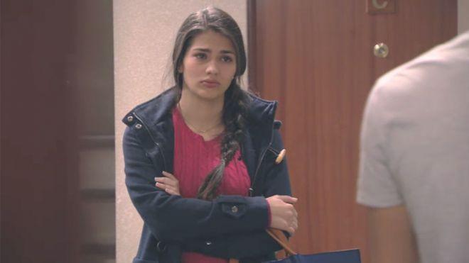 Temporada 1 Capítulo 9 - Sara Medina quiere protestar