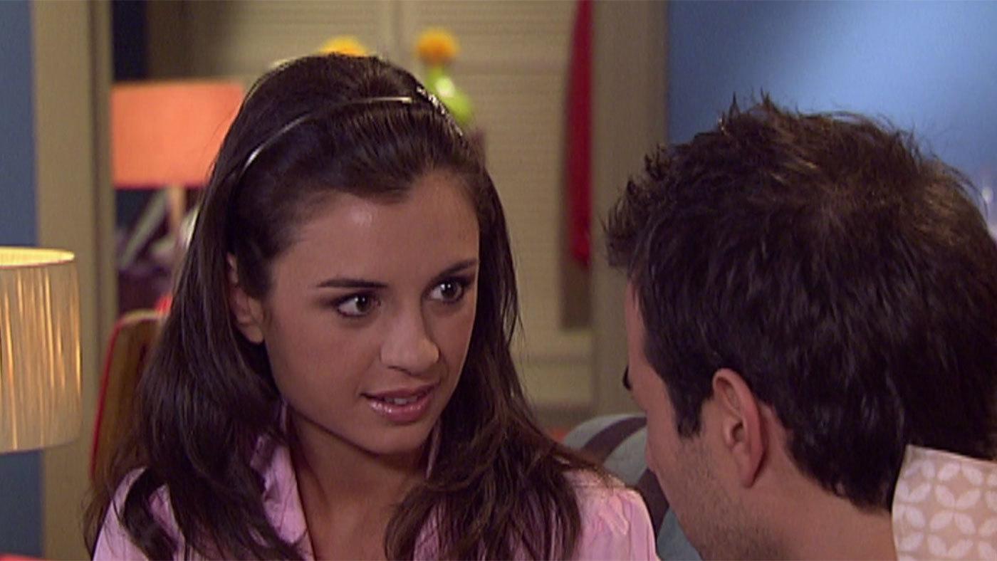 Temporada 3 Capítulo 108 - Marina y Roberto, agencia matrimonial