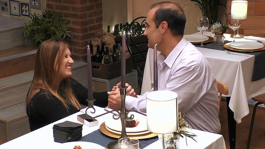 """Top Vídeos La dulce y tierna pedida de mano de Elisabeth a Cristino: """"Es mi príncipe azul"""" - Top Vídeos 14/04/2021"""