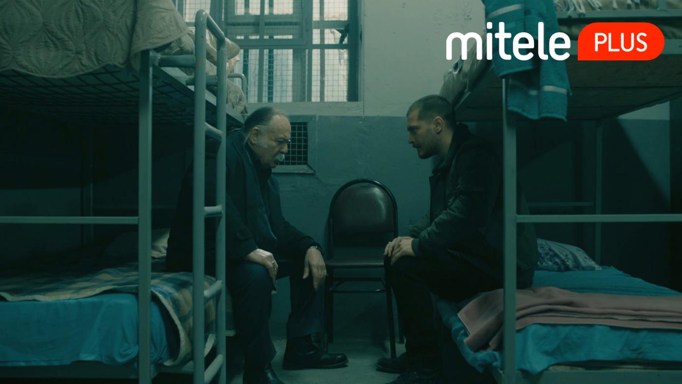 Temporada 2 Capítulo 63 - La conversación entre Sarp y Celal en prisión