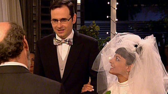 Temporada 2 Capítulo 22 - Swingers, una boda exprés y una niña huerfanita