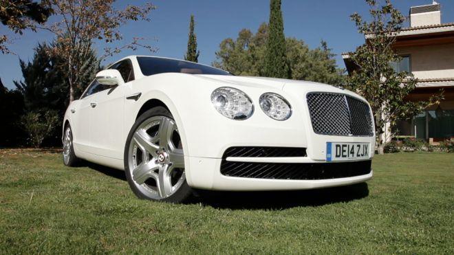 Temporada 2014 Programa 305 - Bentley Flying Spur V8