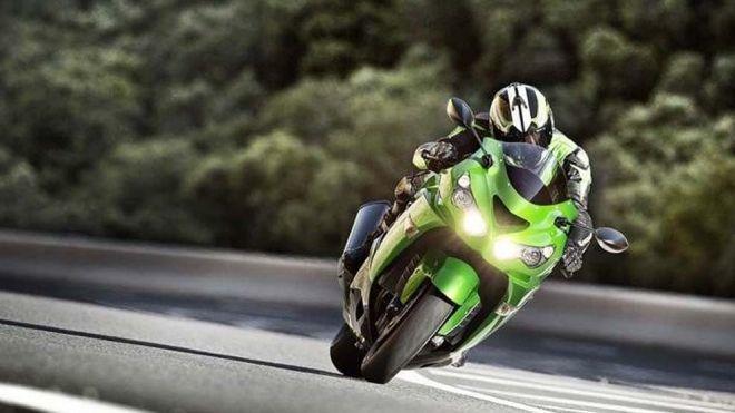 Temporada 2014 Programa 111 - Kawasaki ZZR 1400