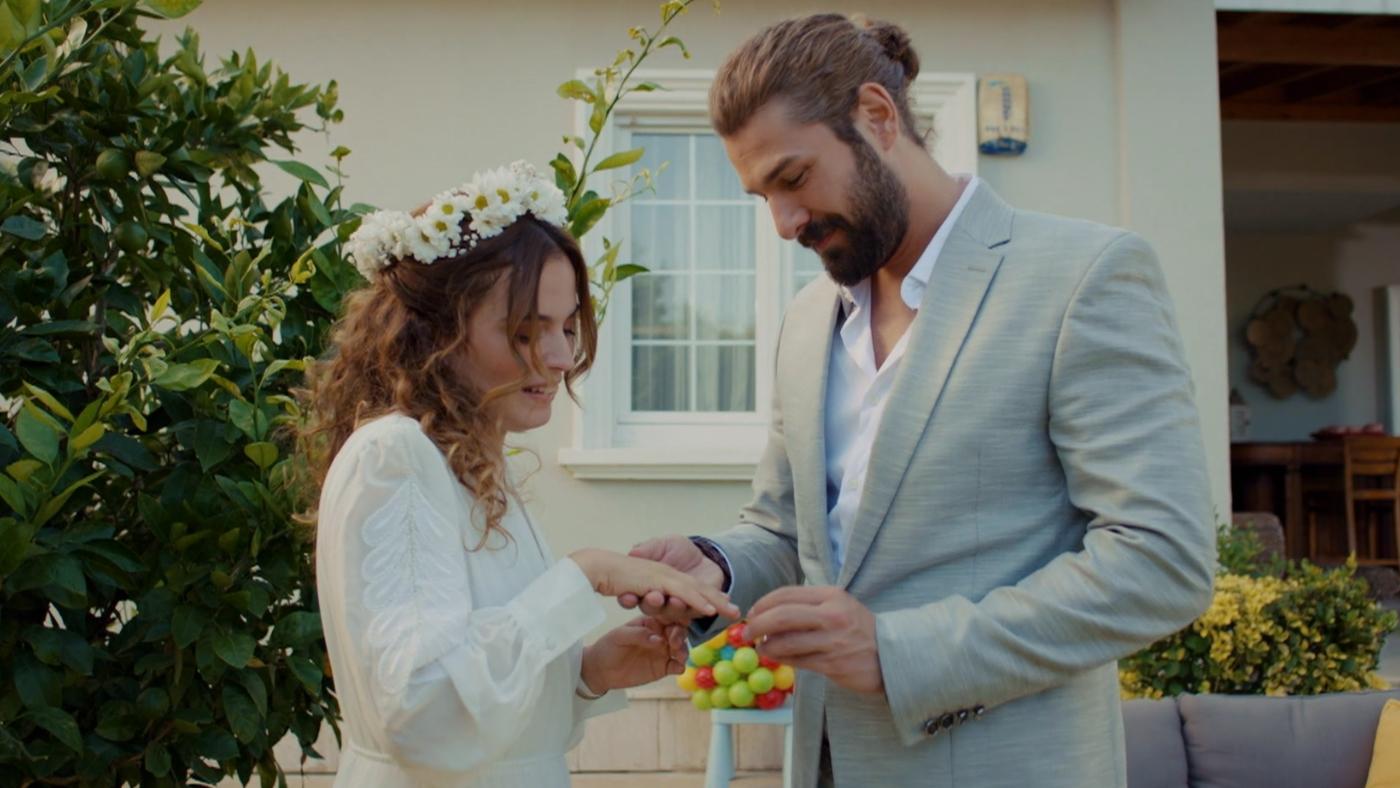Temporada 1 Capítulo 42 - ¿Quieres casarte conmigo?
