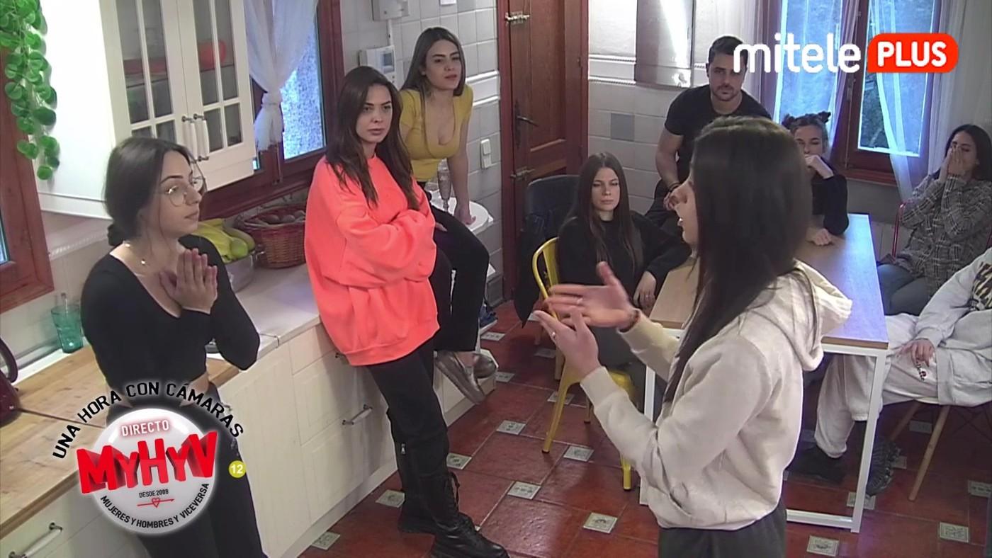 Una hora con cámaras El lío de Álex y Jenni - 11/02/2021