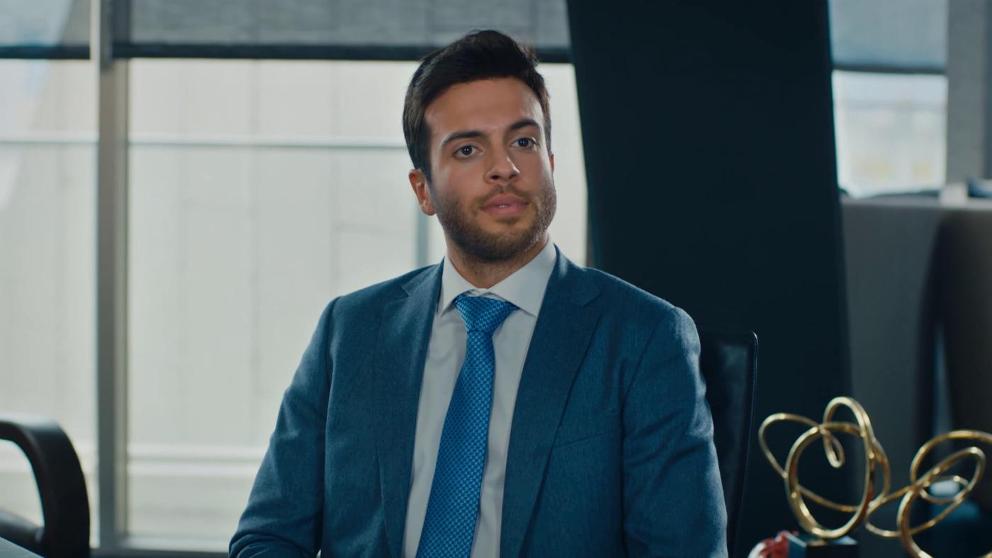 Temporada 1 Capítulo 45 - El nuevo abogado de Azra
