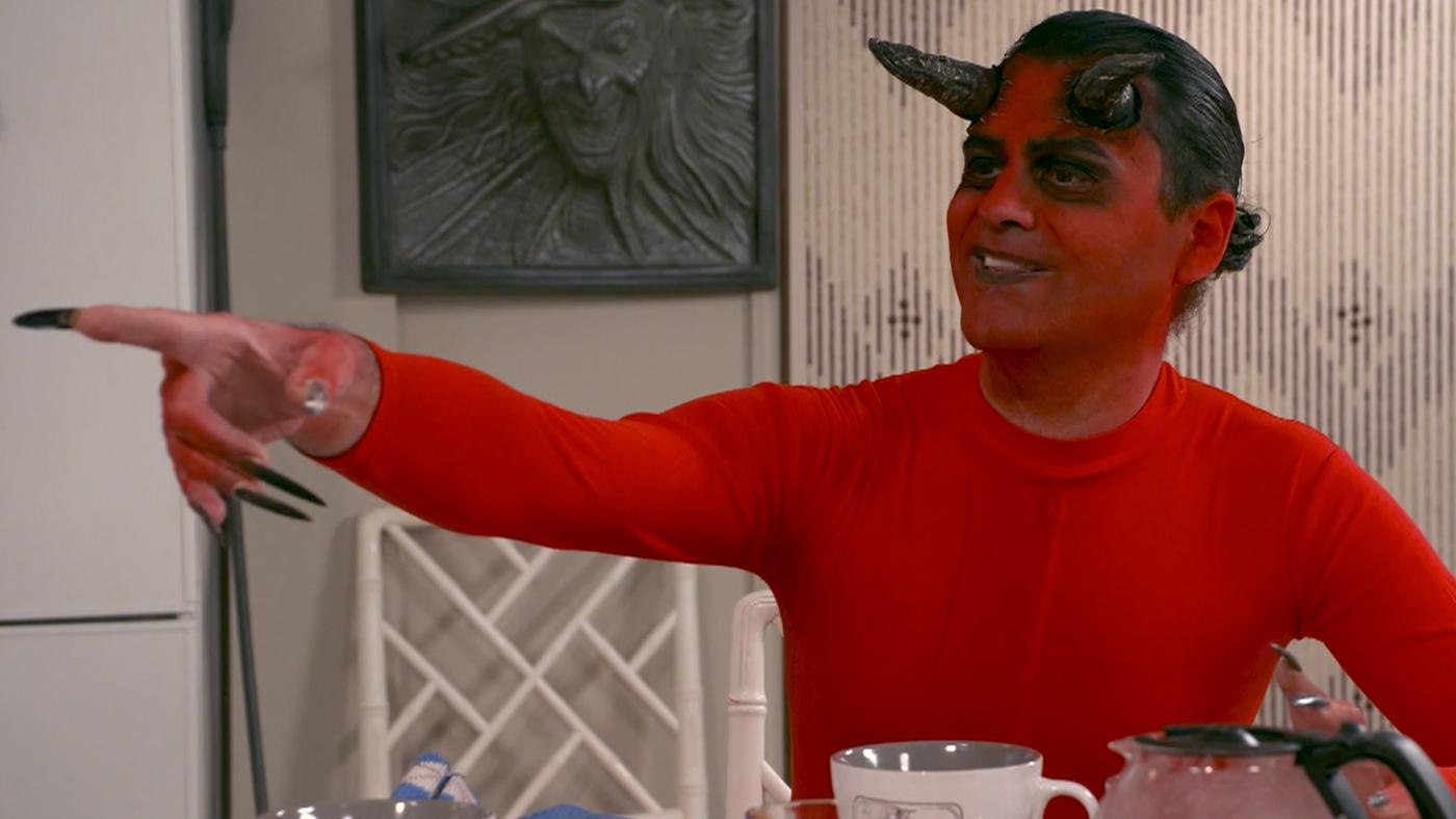 Temporada 3 Programa 444 - En la cocina de la familia Satán
