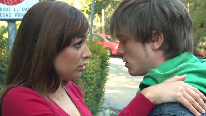 Temporada 1 Programa 11 - Hermanastros enamorados