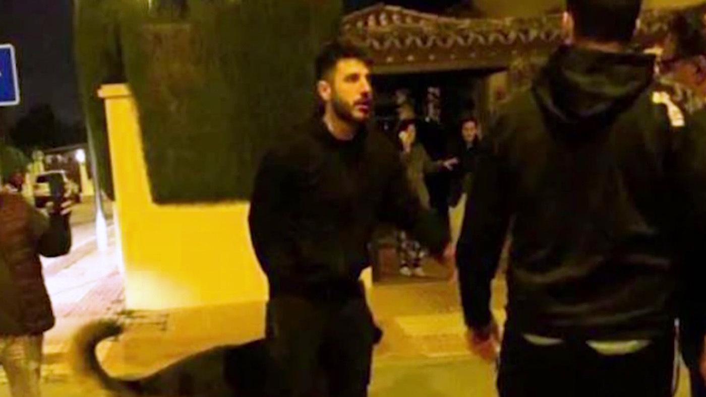 El cantante Antonio José, agredido tras una pelea en plena calle - Programa 422