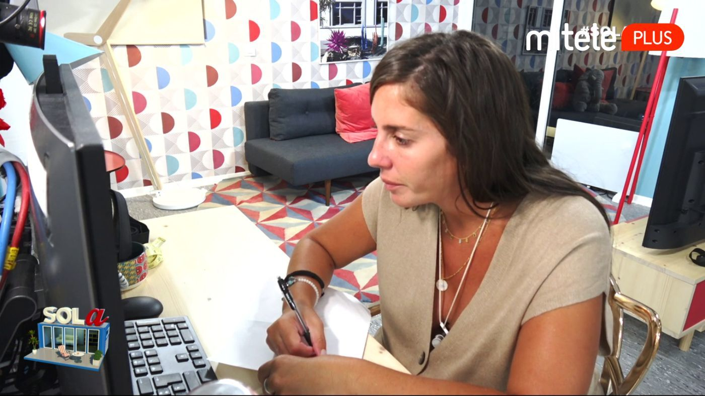 Anabel Pantoja Anabel afronta un reto en inglés - Primera clase de inglés con Nuria Marín