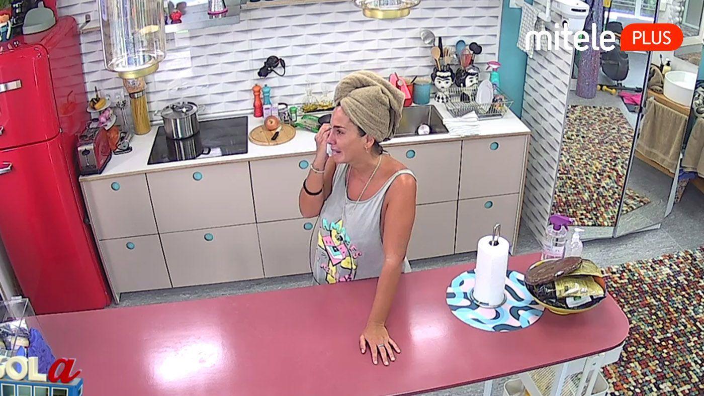 Anabel Pantoja Anabel se hunde con un mensaje de su novio - Rompe a llorar con un mensaje de su novio