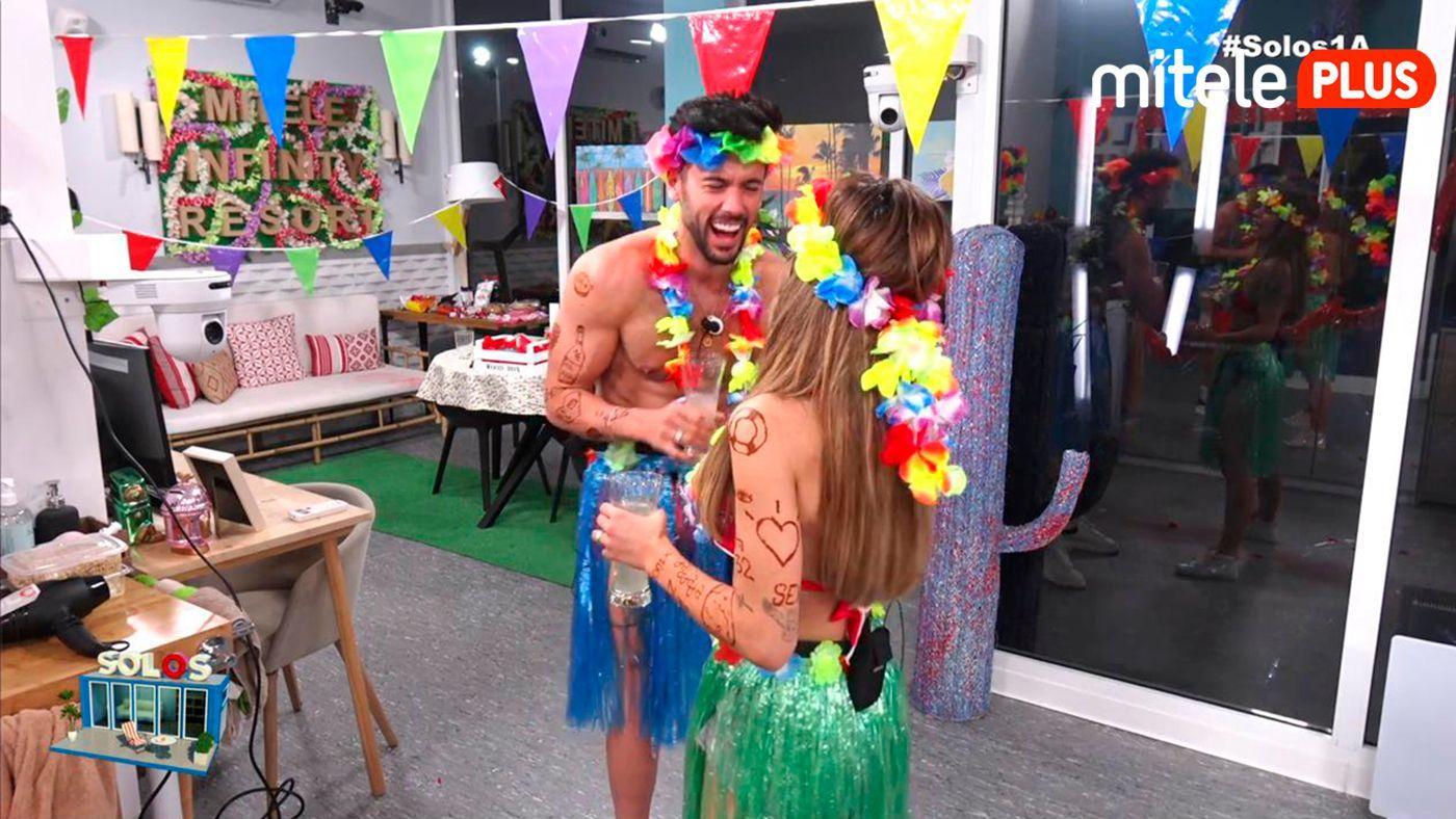 Bea y Dani Fiesta hawaiana - Con videollamada incluida