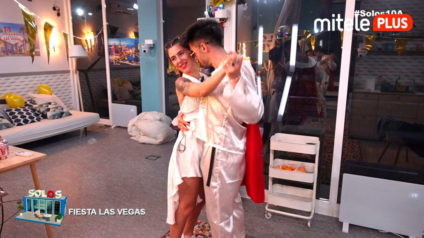 Bea y Dani Fiesta Las Vegas - Lo que pasa en el pisito...