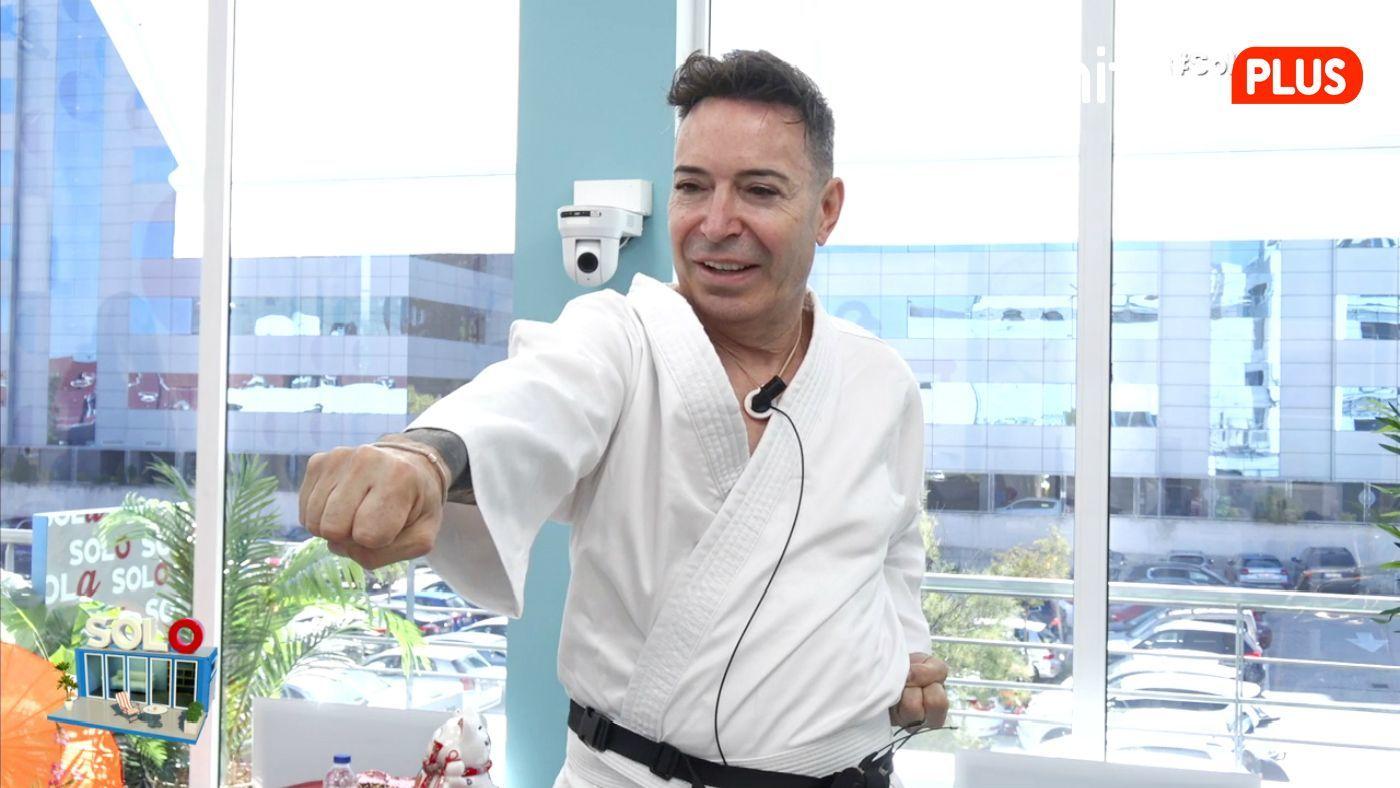 Maestro Joao Primera clase de kárate - Iniciación a las artes marciales con Sergio Cobo