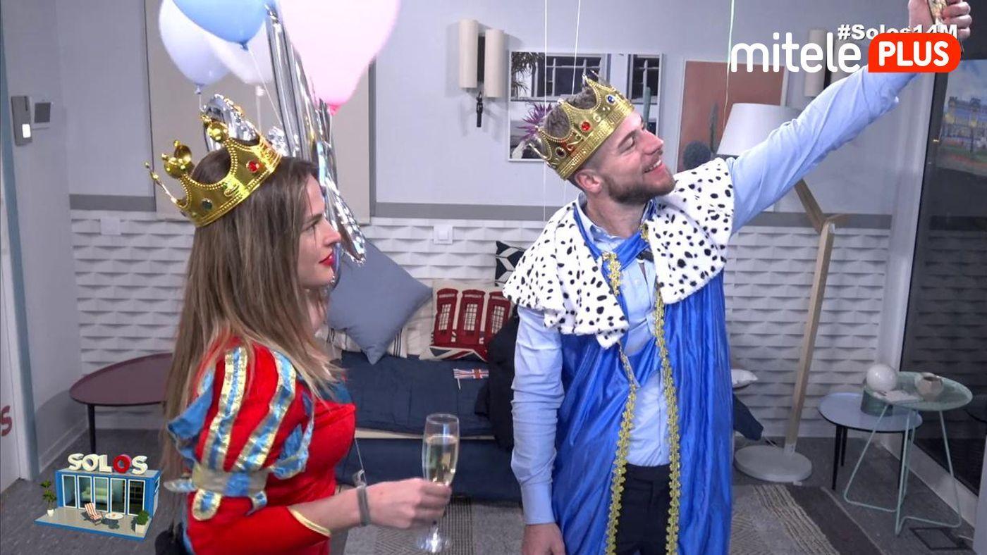 Marta y Tony British party - Los Royal llegan al pisito