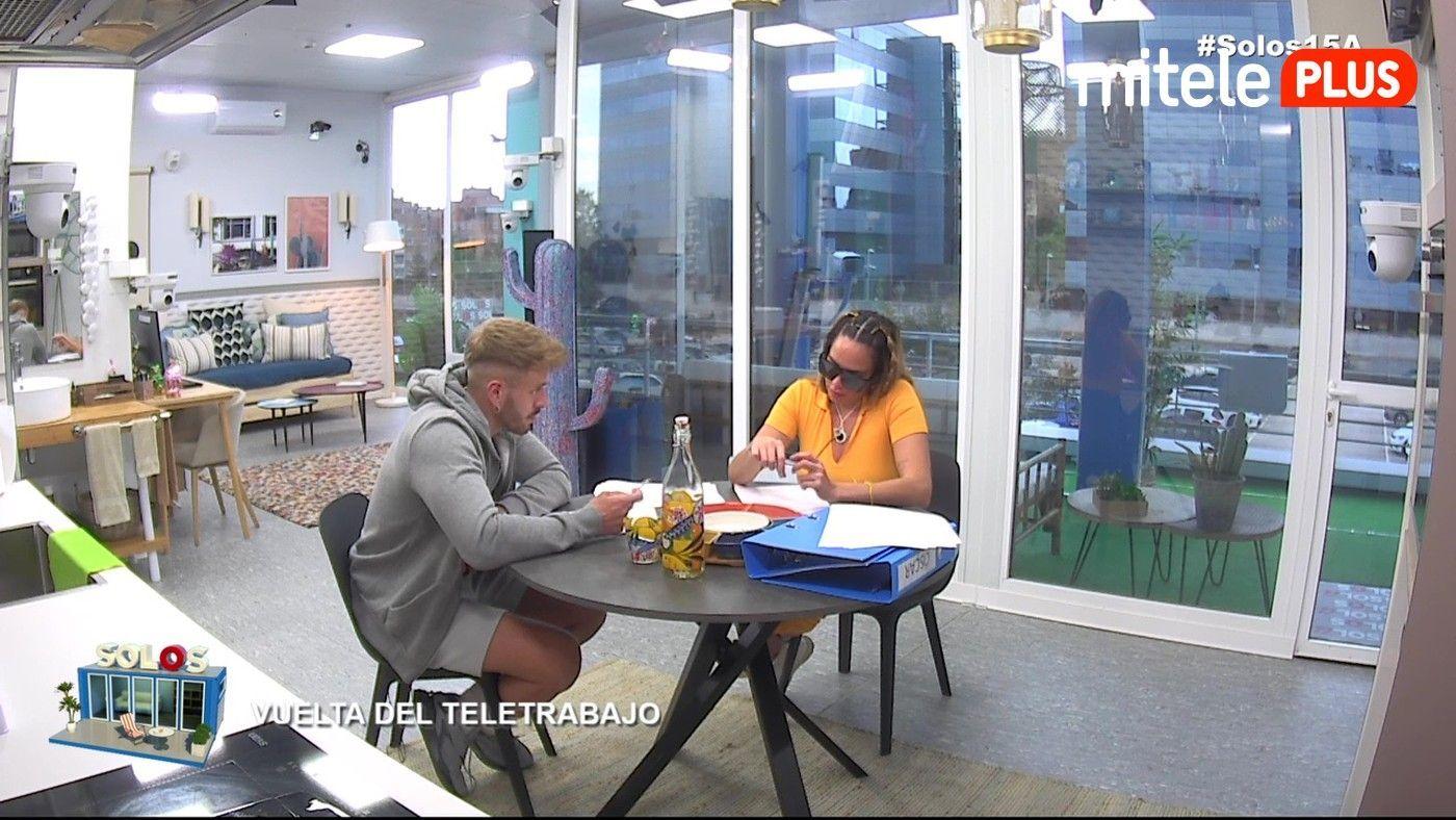 Samira y Óscar Vuelta del teletrabajo - Retomando las rutinas laborales
