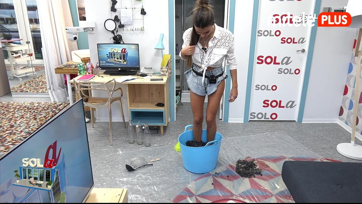 Sofía Suescun Nueva prueba con recompensa - Sofía aprende a pisar la uva
