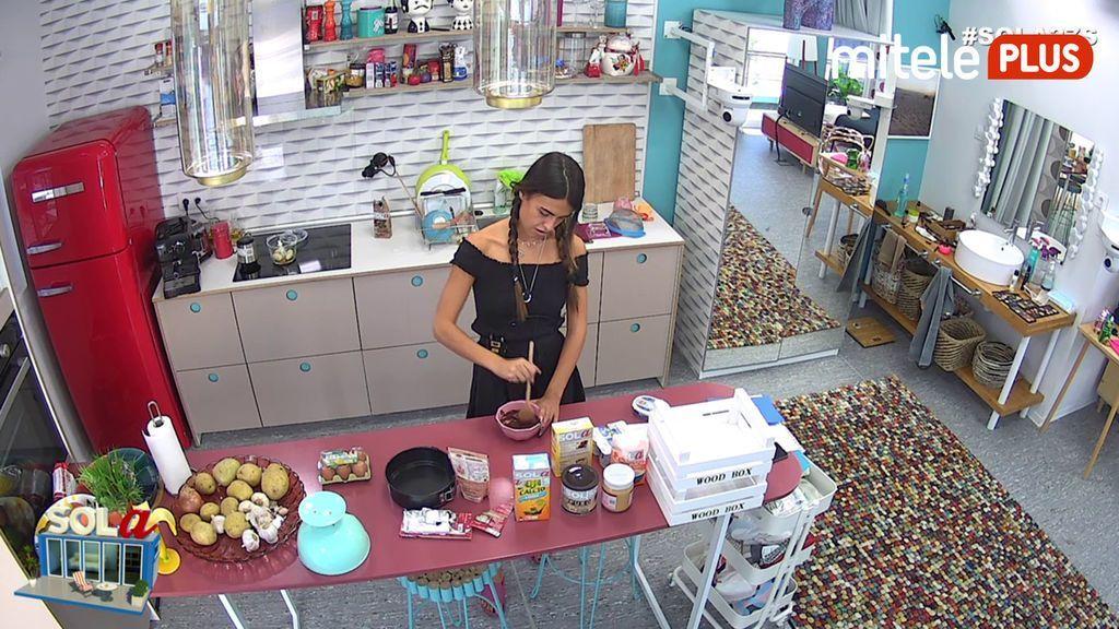 Sofía Suescun Sofía hace una tarta con Delicious Martha - Sofía repostera